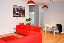 4 bedroom Flat in Long Street, Old Street...