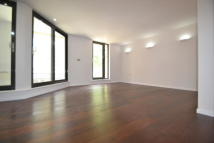 Flat to rent in Great Suffolk Street...