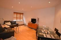Flat in Kingsley Mews, Wapping