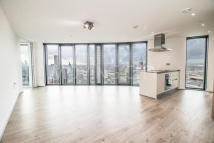 2 bed Flat for sale in Unex Tower...