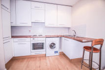 Flat to rent in Bow Quarter...