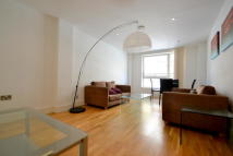 2 bed Flat to rent in Cheshire Street...