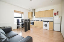 2 bedroom Flat to rent in Zurich House...