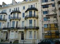 2 bed Flat to rent in Warrior Square...