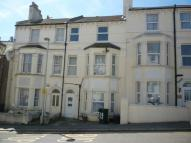 Manor Road Terraced house to rent