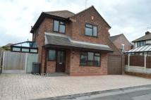3 bedroom Detached house in Meadow Avenue...