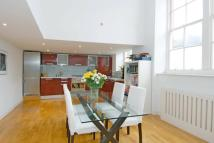 2 bed Flat to rent in Broadway Lofts...