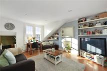 2 bed Flat in Ritherdon Road, London...