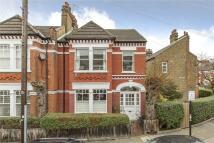 Maisonette in Stapleton Road, London...