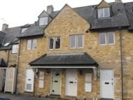 2 bedroom Town House in Church Close, Broadway...