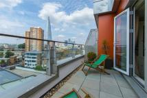 Penthouse to rent in 197 Long Lane, London