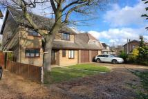 4 bedroom Detached house to rent in Reading Road, Winnersh...