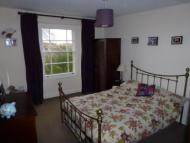 1 bedroom Flat to rent in Top Floor   Elliston...