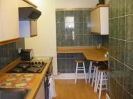 2 bed Maisonette to rent in Kenilworth Road...