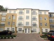 Hurst Court Flat to rent