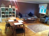 2 bed Flat to rent in Plaistow Lane, , Bromley...