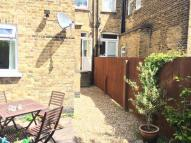 1 bed Flat to rent in Barcombe Avenue...