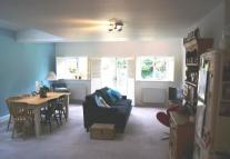 Flat in A  Thurlby Road, London...