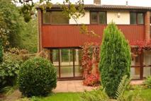 3 bedroom semi detached house in Starthe Bank, Heanor...