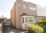 3 bedroom semi detached property to rent in  Daleside Avenue, Pudsey...