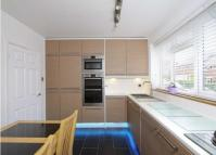 Maisonette to rent in  Offas Way...