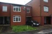 3 bed Terraced house to rent in  Newteswell Drive...