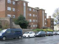 1 bedroom Flat to rent in   Highden...