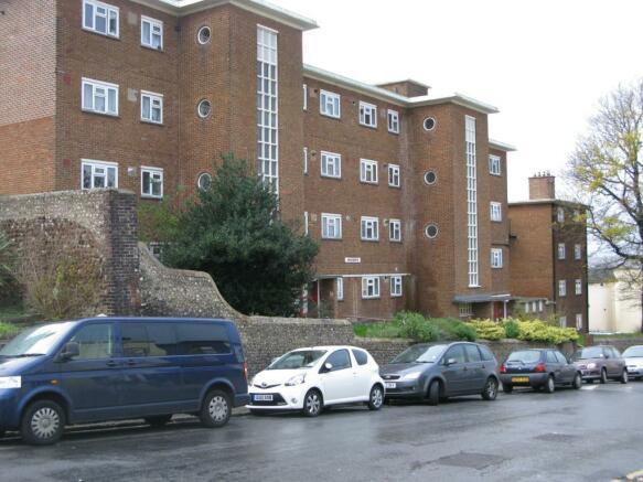 1 Bedroom Flat To Rent In Highden Islingword Road Brighton East Sussex Bn2 Bn2