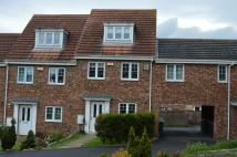 End of Terrace property to rent in  Berry Edge Road...