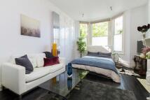 Flat to rent in  Bramston Road, London...