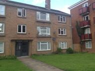 2 bedroom Flat in  , Garden Court, Warwick...