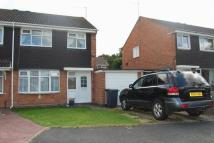 3 bed semi detached home to rent in Newent Close, Redditch