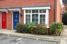 Maisonette to rent in Flax Close, Alcester