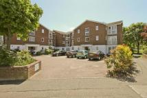 2 bed Apartment for sale in Aylsham Drive, Ickenham