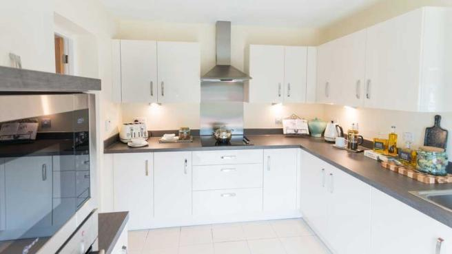heritage_place_al_ickenham_zoopla_kitchen_01.jpg