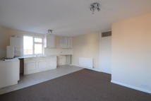 Flat to rent in Queen Street, Bottesford...