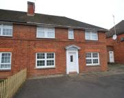 Flat to rent in Dean Street, Marlow...