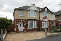 3 bed semi detached property to rent in Bampton Grove...