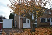 3 bed semi detached house to rent in Gloucester Close...