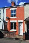 Terraced home to rent in CHESTNUT ROAD, Leicester...