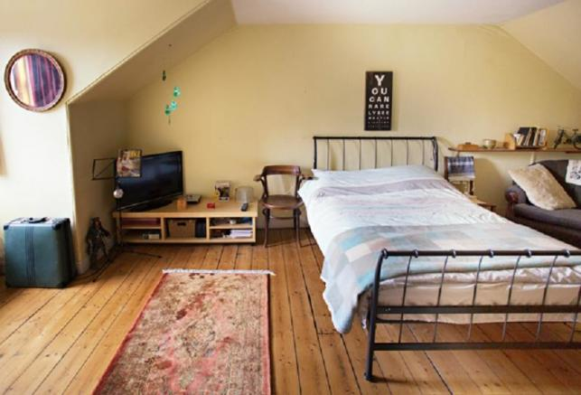 Double Bedroom 5