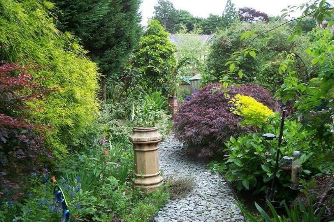 Side corner Garden