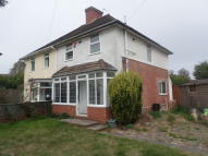 3 bed semi detached house to rent in Prince Of Wales Lane...
