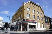 2 bedroom Flat in High Street, Hoddesdon...