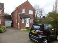 Link Detached House in Theleway Close...