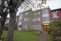 Hainault Road Apartment to rent