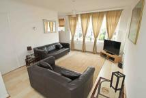 2 bedroom Flat in Wallwood Road, London...