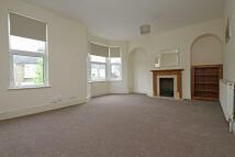2 bedroom Flat to rent in Twickenham Road...