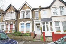 2 bed Flat in Harold Road, Leytonstone...