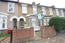 Sedgwick Road Terraced house to rent